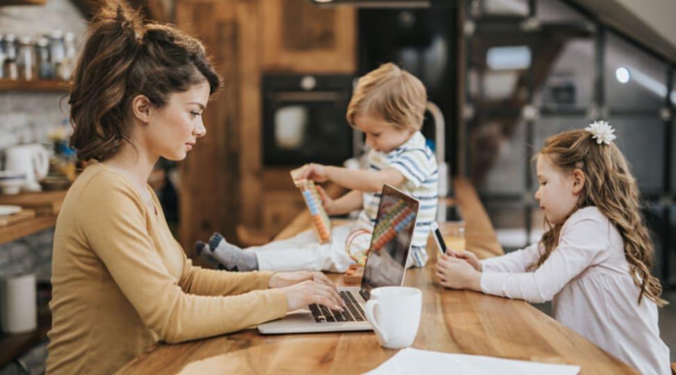 trabalhar em casa com filhos