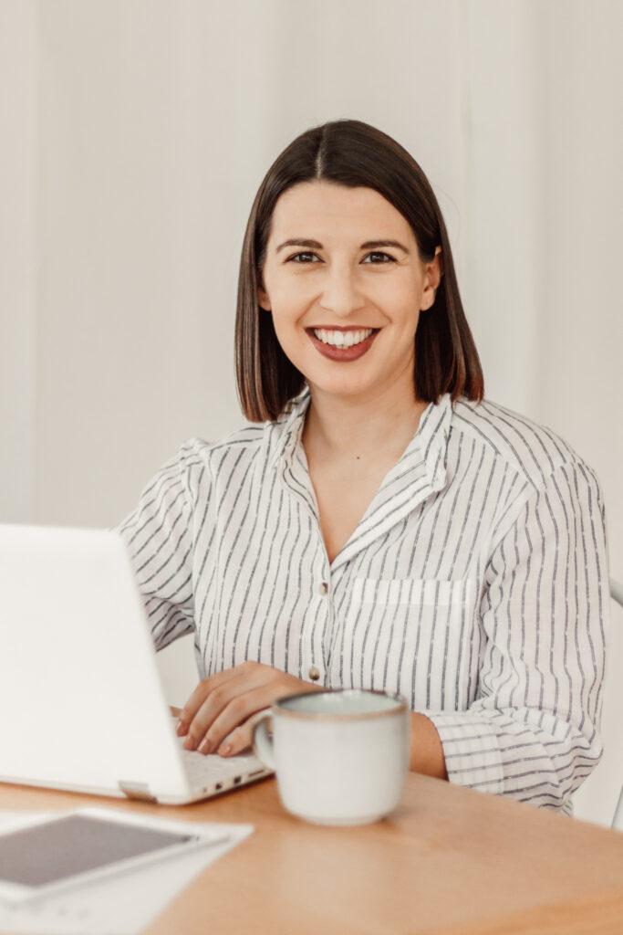 Maria Gonçalves Mentora Curso Assistente Virtual